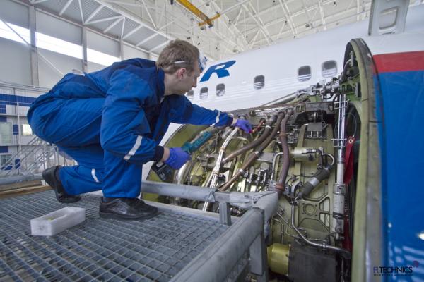 FL Technics aircraft mechanic